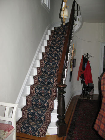 3HouseStair1