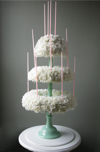 Carnation.CakeCandles