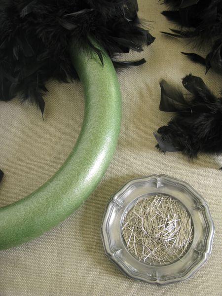 FeatherWreath1