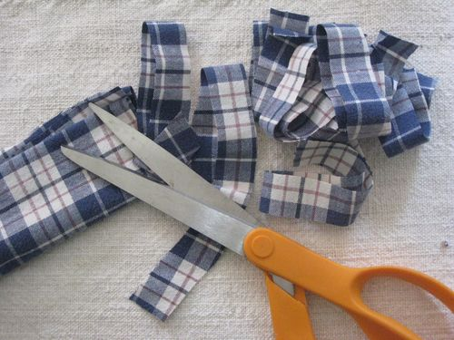 PlaidShirtCutting