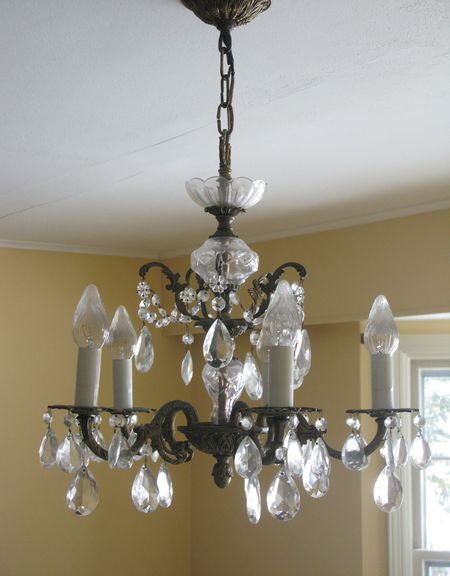 ChandelierBefore
